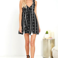 Meet at the Marina Ivory and Black Print Dress