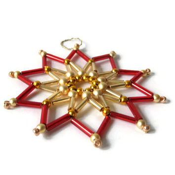 red or blue seed bead star, beaded Christmas tree ornament or gift tag made from beads and wire, Christmas decoration