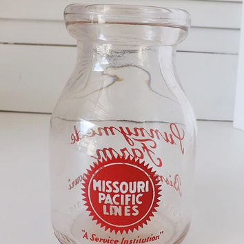 Vintage Glass Milk Bottle Half Pint Missouri Pacific Railroad Punnymede Farm