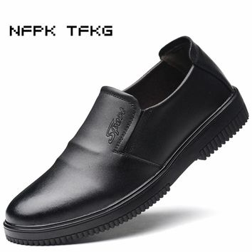 large size mens fashion working safety insulation summer chef shoes cow leather kitchen waterproof oil-proof wearable cook shoe