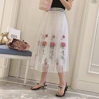 Vintage Embroidery Floral Tulle skirt