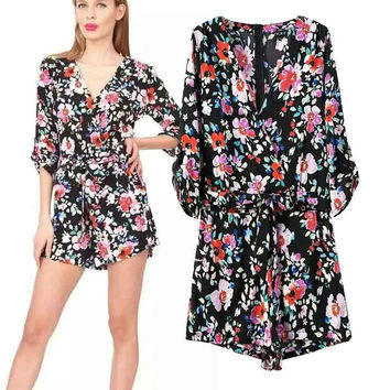 Women's Fashion Print V-neck Half-sleeve Waistband Shorts Jumpsuit [5013158596]