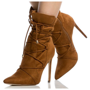 FINAL SALE - Closed Toe Lace Up Booties - Chestnut