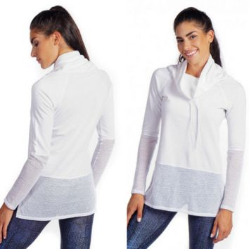 NUX Ricky Long Sleeve Pullover - Whitebeach day