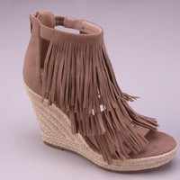 Layered Fringe Wedge Sandals - Stone