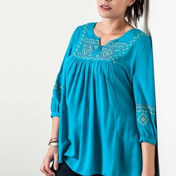 Umgee Plus Jade Embroidered Tunic