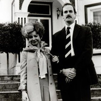 Fawlty Towers Poster 24Inx36In Poster