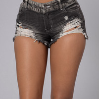 Cloud Forest Shorts - Black
