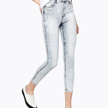 Cropped Skinny Jeans in Light Blue