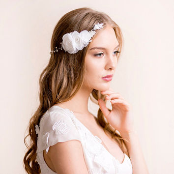Bridal Hair Chain with Flower Rose - Bridal Headpiece with Roses and Lace - Wedding Headpiece - Wedding Hair Accessories
