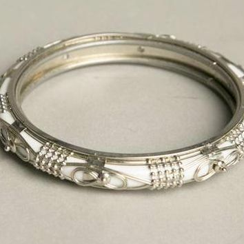 Ethnic Vintage Jewelry Milk White Bangle Bracelet Silver Ornaments