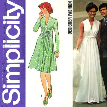 1970s Evening Dress Pattern Simplicity 6672 Bust 34 Princess Seam Goddess Gown Maxi Bridal Wedding Cocktail Womens Vintage Sewing Patterns