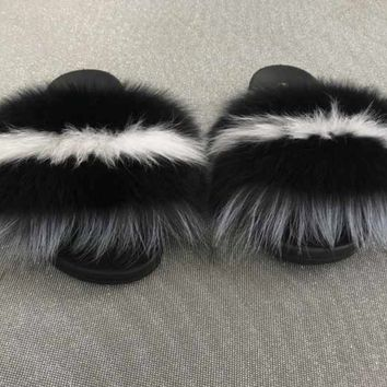 Jet fox fur slides