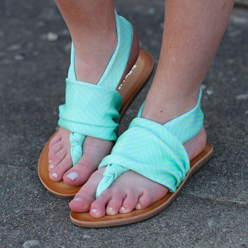 Lagoon Beebop Sandal by DIRTY LAUNDRY {Blue}