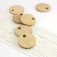 Wooden craft tags. Set of 6 round natural birch wood tags in size 1.2 in (30mm) - B3012