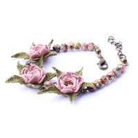 Elegant bracelet with crochet pale pink flowers, pink filigree cloisonne beads