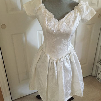 Jessica McClintock Gunne Sax Dress Size 7/8 Vintage Wedding Gown, cocktail