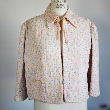 Vintage 1930s 1940s Pink Quilted Bed Jacket With Floral Print by Dolly Hart