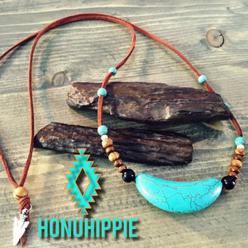 Native American turquoise arrowhead pendant, boho tribal necklace
