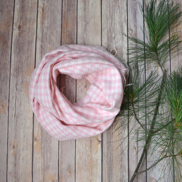 Pink Houndstooth scarf, Tartan plaid scarf, Pink white scarf, houndstooth scarf, winter scarf, pink scarf