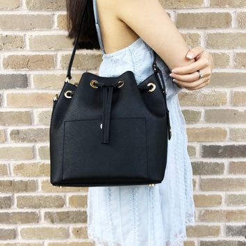 Michael Kors Greenwich Medium Bucket Bag Hobo Crossbody Black
