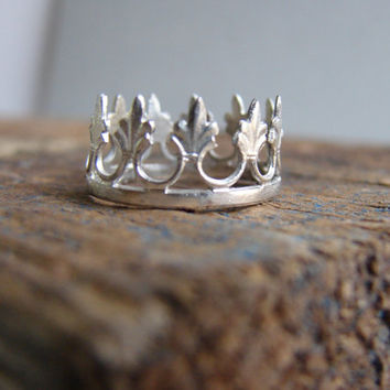 A crown for a Queen Sterling Silver Crown Ring