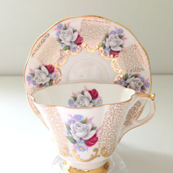 Vintage Queen Anne English Scalloped Shape Tea Cup & Saucer Fine Bone China Tea Party Inspiration