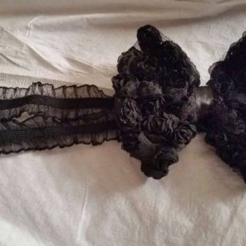 Sexy Black Stretch Lace Garter Belt with Matching Black Ruffled Bow Garter Belt Wedding Garter Wedding Accessories Getting Hitched