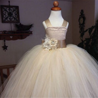 Lovely 2016 Beading Flower Girls Dresses Champagne Tulle Vestido de for Wedding Evening Kids Party Dresses