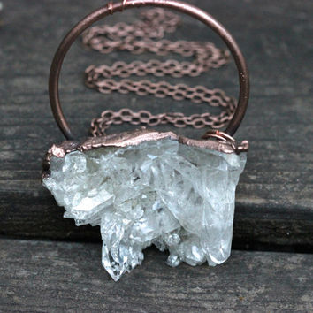 Raw Crystal Necklace Crystal Cluster Necklace Quartz Necklace Quartz Jewelry Raw Stone Jewelry Raw Crystals and Stones Statement Necklace