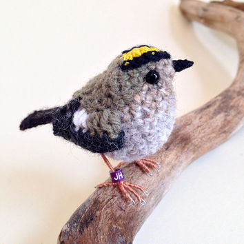 Goldcrest realistic British bird fibre art sculpture