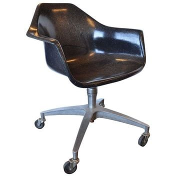 Pre-owned Vintage Herman Miller Arm Shell Chair