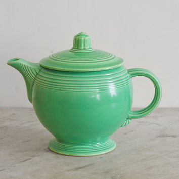 Fiesta Art Deco Teapot | Orignial Green Homer Laughlin Vintage China | Medium Vintage Fiesta Teapot Circa 1930s