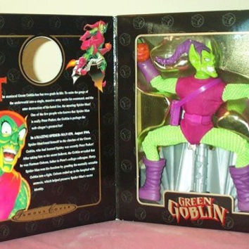"Famous Cover Series Green Goblin 8"" Action Figure"
