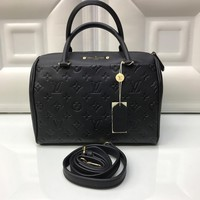 Louis Vuitton Bag #2833