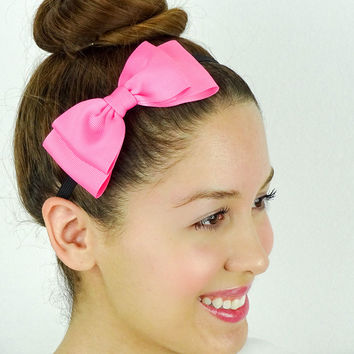 Girly Ribbon Bow in Pink
