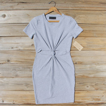 The Knotted Dress