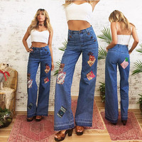 Vintage 1970's High Waisted PATCHWORK Denim Bell Bottom Jeans || Size 27