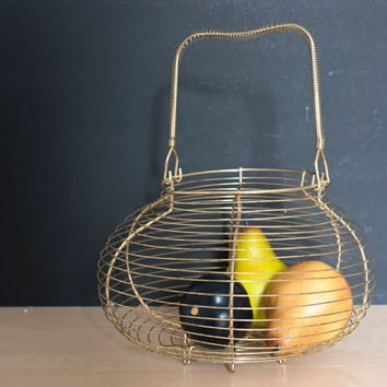 Gold Tone Wire Egg Basket, Fruit Basket, Round with Handle, Country Cottage