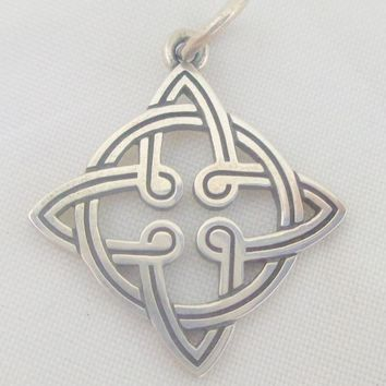 JAMES AVERY Sterling Silver Celtic Knot Charm Original Box