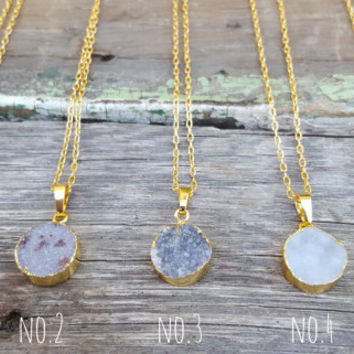 Round Druzy Necklace | Druzy Geode Jewelry | Layering Necklace | Gold Drusy Pendant | Dainty Crystal Necklace | Gift for her | Druzy Jewelry