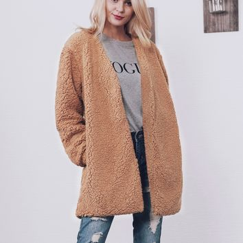 Chicloth Fashion V-Neck Imitation Fur Coat
