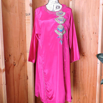 Bright Pink Silk Kurta  S / M / beaded embroidered pink silk tunic dress / Indie fuchsia gold embellished Kurta dress