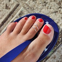 Big V Shape Alloy Toe Ring For Sexy Women Adjustable Toe Ring or Finger Ring 2017 Fashion Women Foot Ring Fashion Jewelry 2 pcs