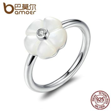 925 Sterling Silver White Flower Luminous Florals, Mother-Of-Pearl & Clear CZ Finger Rings Female Ring Jewelry PA7191