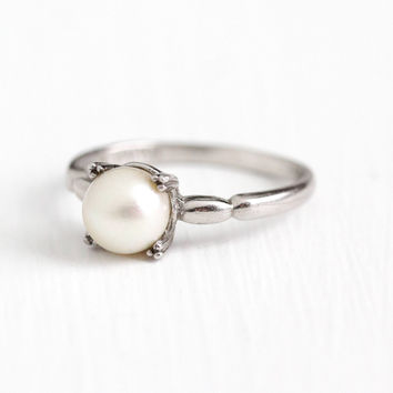 Vintage Sterling Silver Cultured Pearl Japanese Ring - Size 6 1/2 Retro 1950s 6.65 MM White Gem Solitare Japan June Birthstone Jewelry