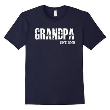 Mens Grandpa Est 2009 Father's Day Gift From Daughter Son T Shirt