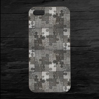 Metal Gray Jigsaw Puzzle iPhone 4 and 5 Case