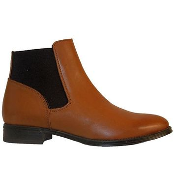Chelsea Crew Dario - Tan Leather Dual Gore Pull-On Flat Bootie