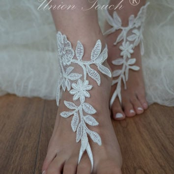 Free Ship Beach wedding barefoot sandals Beach shoes, bridal sandals, lace sandals, wedding bridal, ivory accessories, barefoot sandals